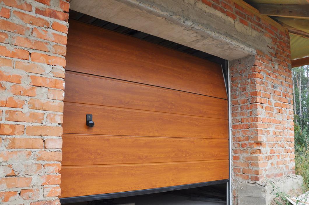 We Repair and Replace Garage Door Parts